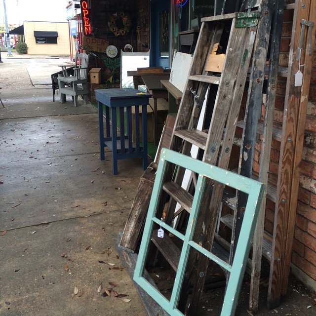 It's been a fun day hitting up all the local antique stores. This aqua window frame is coming home with me! Can't wait to figure out what to do with it!